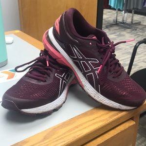 Asics Gel-Kayano Running Shoes